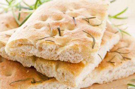 lingua: italian bread with rosemary