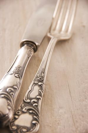 silver cutlery photo