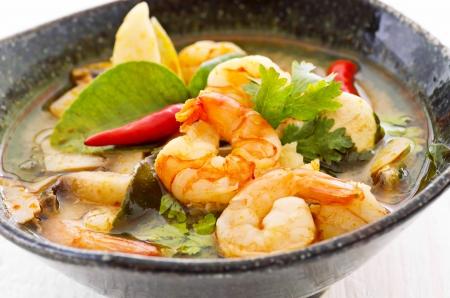 tom yam soup photo