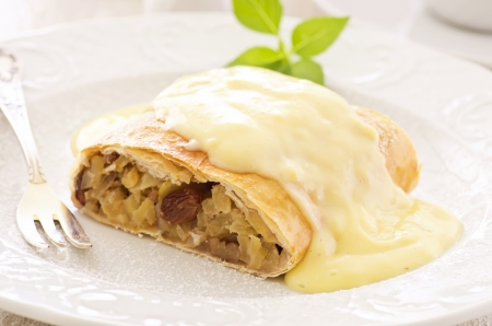 apple strudel with vanilla sauce photo
