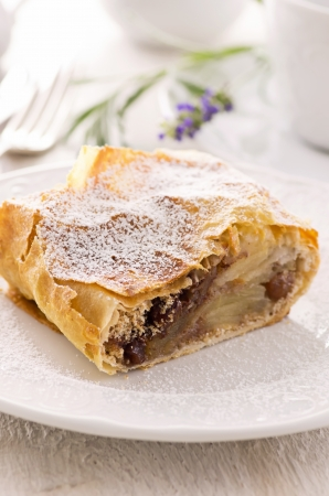 apple strudel with raisins photo