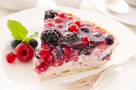 Tarte with ricotta and fresh berries Stock Photo - 16268961