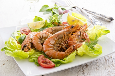 gambas: fried gambas with salad  Stock Photo