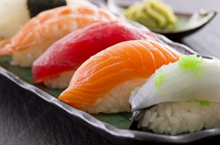 maki: sushi on the plate