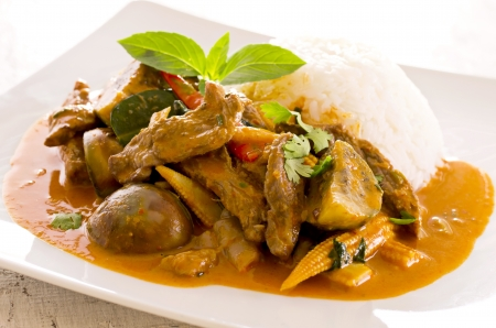 beef curry: thai red curry with beef and rice