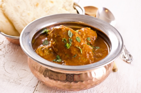 tandoori chicken: chicken curry with chapati bread