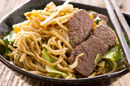 yakisoba noodles with beef Stock Photo - 18228088