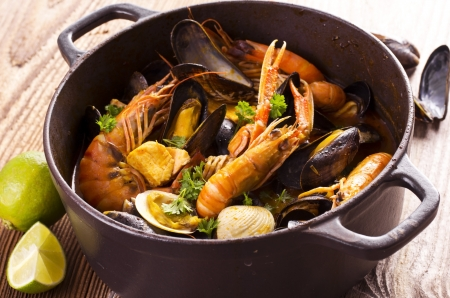 french cuisine: cioppino seafood soup