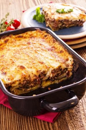 carne macinata: mousak�s con carne macinata