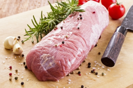 veal fillet with spices and herbs