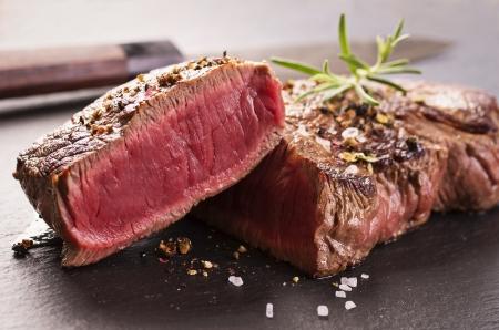 steak cru: steak de boeuf