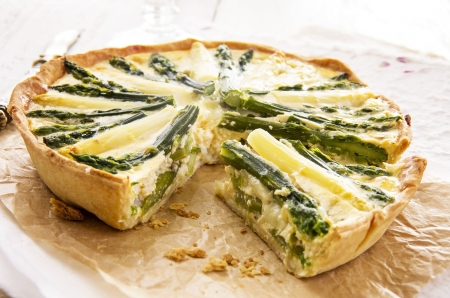 pastry with asparagus Imagens
