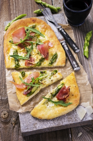 flat bread with asparagus and ham photo