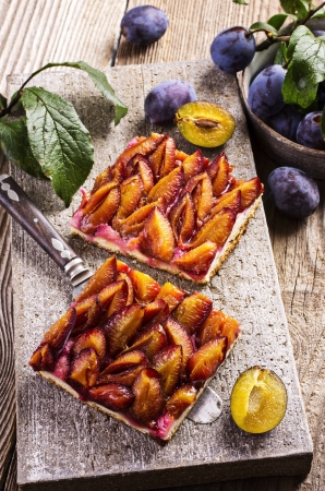 plum pie photo