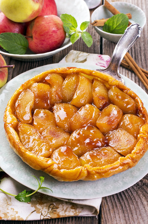 french apple pastry - tarte tatin photo