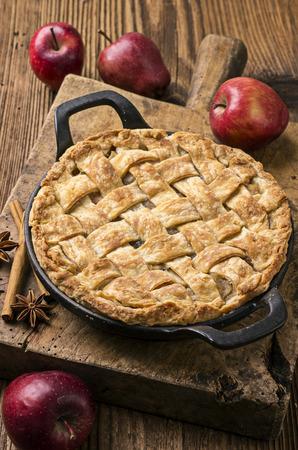 pie de manzana: aux pommes tarte Foto de archivo