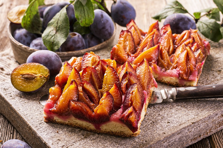 plum pastry Imagens
