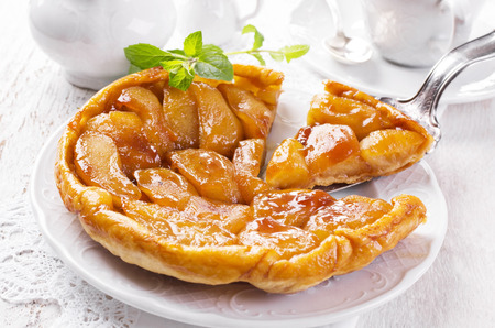 apple pastry tarte tatin photo