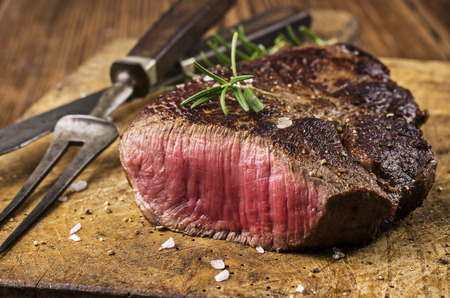 Steak Standard-Bild - 28897179