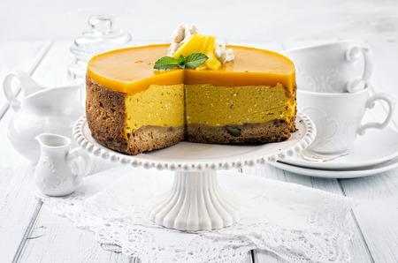 nostalgy: cheesecake with mango