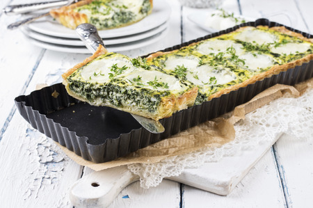 souffle: Mozzarella Spinach Tarte