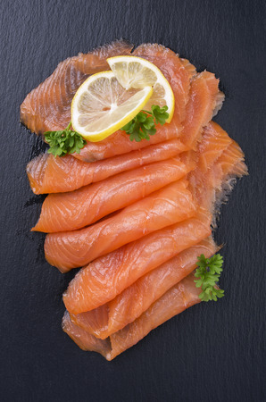 salmon ahumado: salmón
