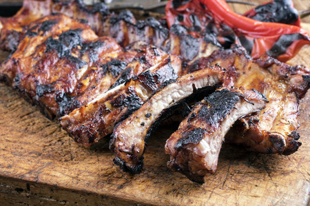 spare ribs: grilled spare ribs