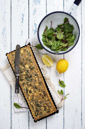 emaille: tuna pastry with spinach