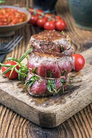 carne de res: Medallones de filete de ternera