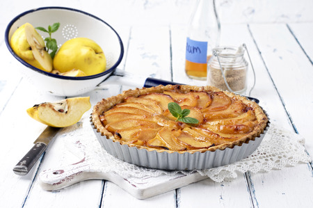 quince: quince pie