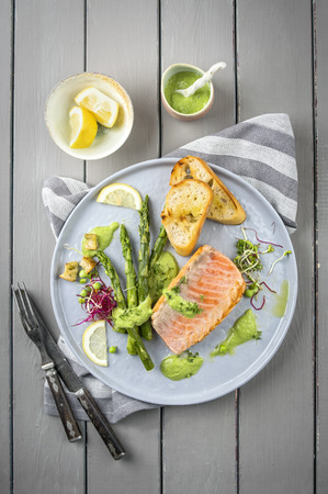 salmon with green asparagus nordic style
