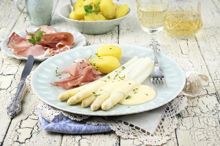 delikatesse: White Asparagus with Ham Stock Photo