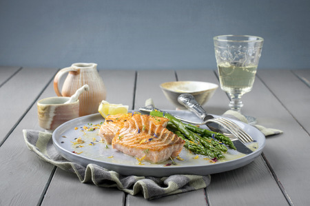fillets: Salmon Filet with Green Asparagus