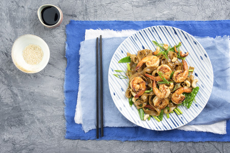 prawn: King Prawn with Rice Noodles and Vegetable on Plate