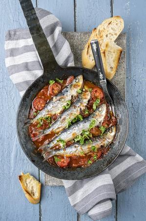 delikatesse: Sardinas en Salsa