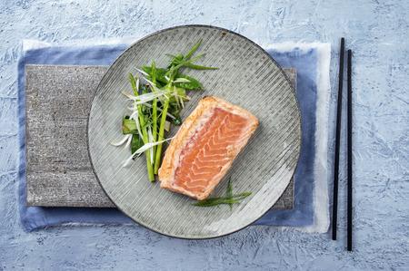 salmo: Salmon Tataki with Lettuce Stock Photo