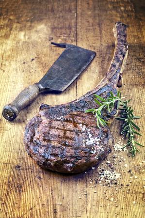 quemado: Dry Aged Filete de la barbacoa Tomahawk