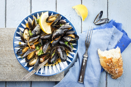 mussel: Sailors Mussel with Baguette
