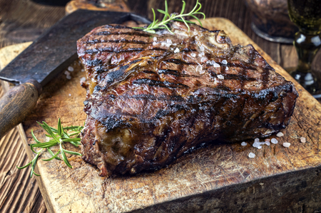 Aged Dry Steak Barbecue Porterhouse Banque d'images - 55239133