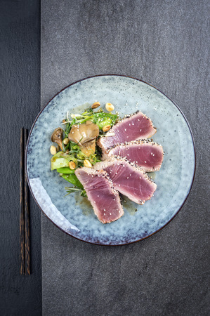 culinary arts: Tuna Tataki with Vegetable