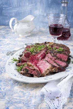 porterhouse: Sliced ??Porterhouse Steak on Plate