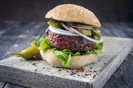 semmel: Barbecue Hamburger with Salad Leaf Stock Photo