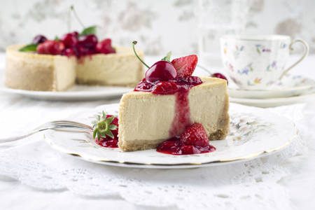 white backing: Cheesecake with Frssh Fruits