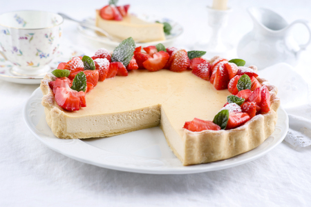 white backing: Cheese Cake with Strawberries