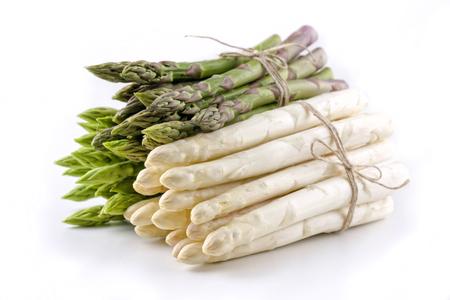 흰색과 녹색 아스파라거스 - 절연 스톡 콘텐츠