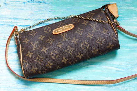 genuine good: Moscow, Russia - 03, 29, 2016:  fake handbag Louis Vuitton