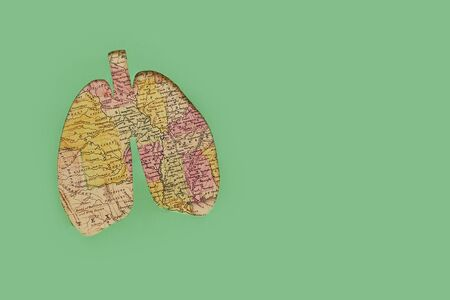 Lung health therapy medical concept . silhouette of lungs on map of usa on a green background. concept of respiratory disease, pneumonia, tuberculosis, bronchitis, asthma