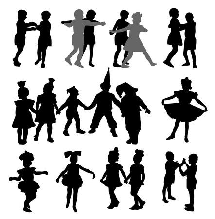 enfants dansant: Silhouettes des enfants dansant � la mascarade Illustration