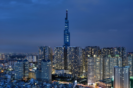 Landmark 81 Cityscape Night Scene, Ho Chi Minh City, Saigon, Vietnam 免版税图像
