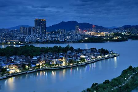 Zhaoqing Qixingyanxinghu city scenery night view